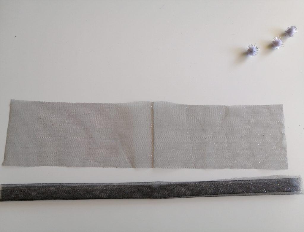 Izrezana traka tila za suknju