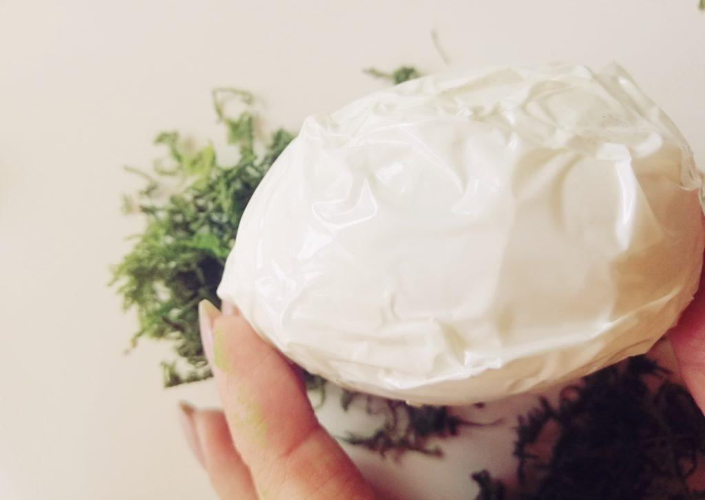 Jaja od stiropora sa obostrano ljepljivom trakom