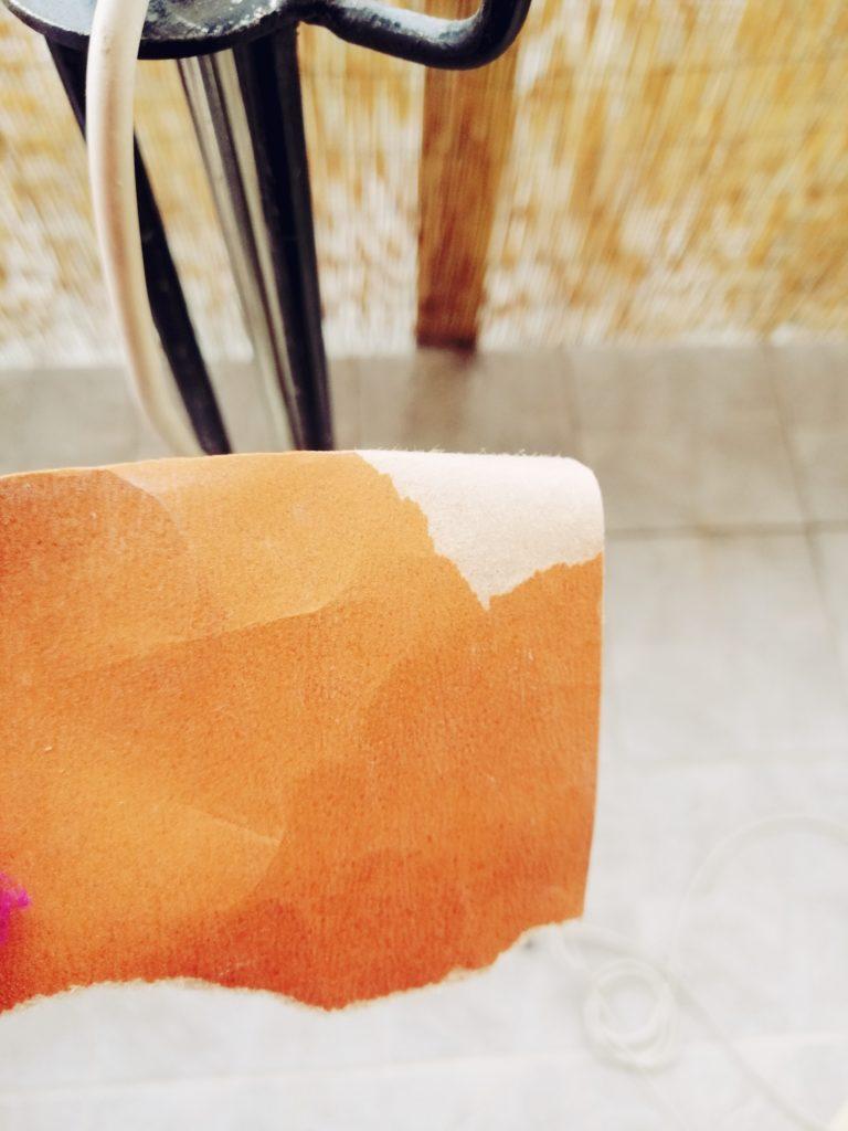 Priprema za uklanjanje nečistoća i stare boje sa brusnim papirom